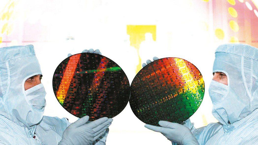 根據IC INSIGHTS調查,美國去年在IC設計及垂直整合半導體廠仍執全球牛耳...