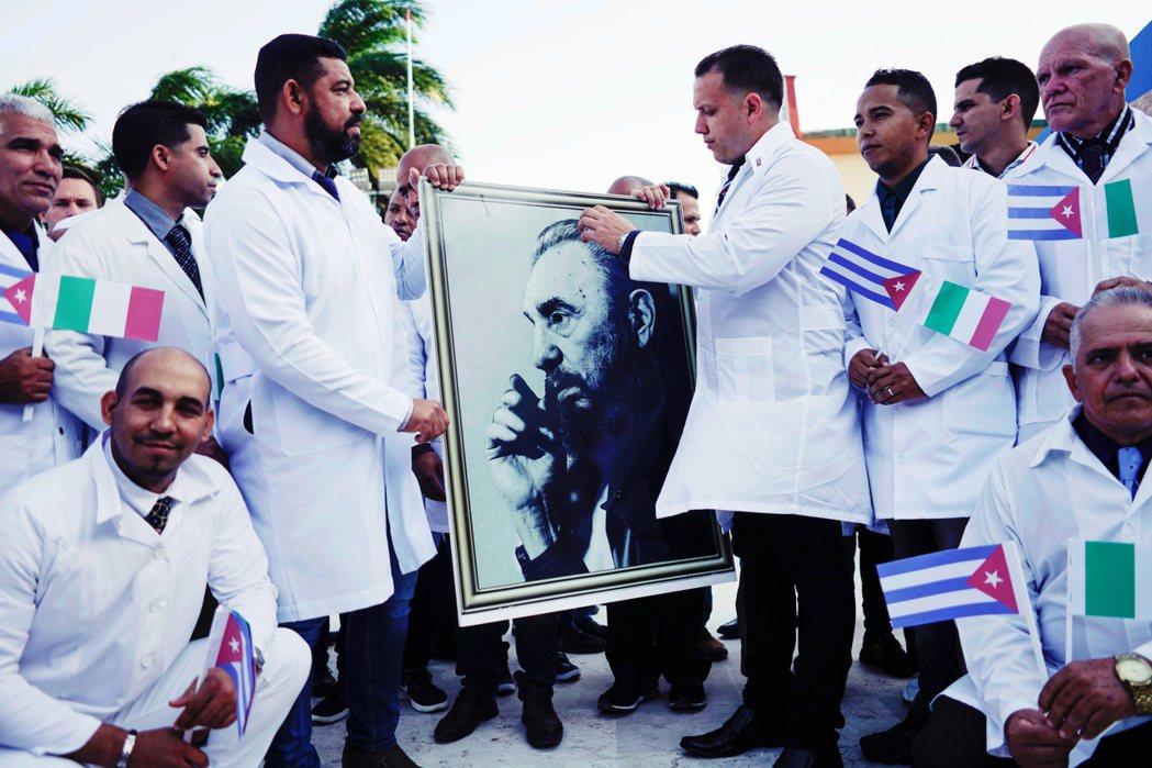 另一個與義大利互動遙遠的國家——古巴——23日也以「人道救援」的,向義大利派出了...