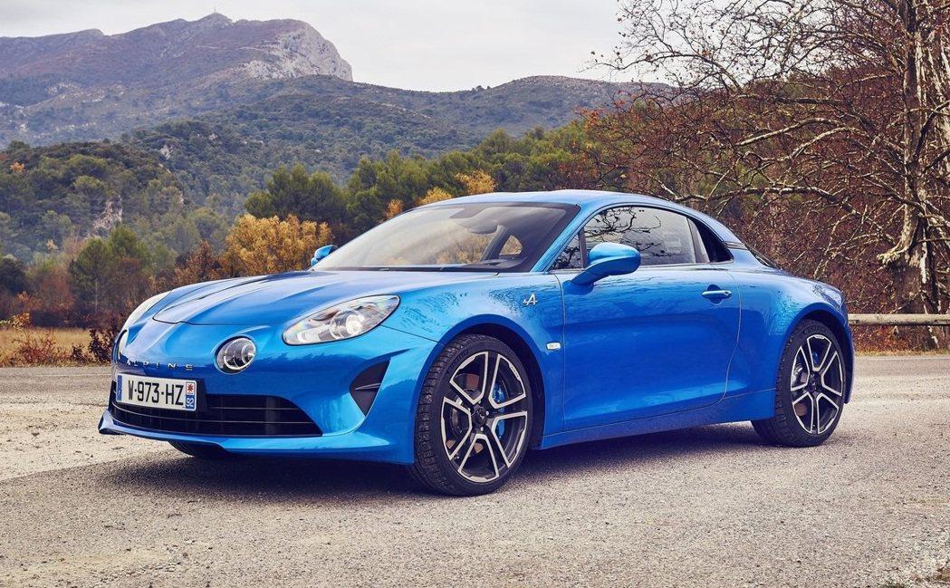 Alpine A110是Renault旗下的中置引擎小跑車。 摘自Alpine
