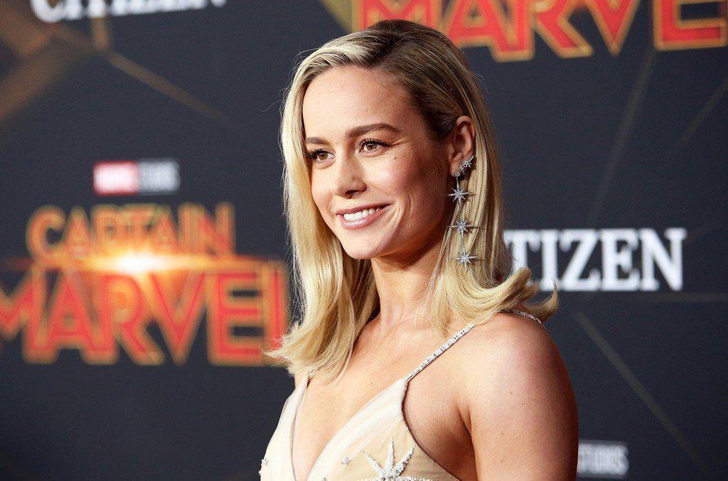 飾演漫威電影女超級英雄「驚奇隊長」的布麗拉森(Brie Larson)是《動物森...