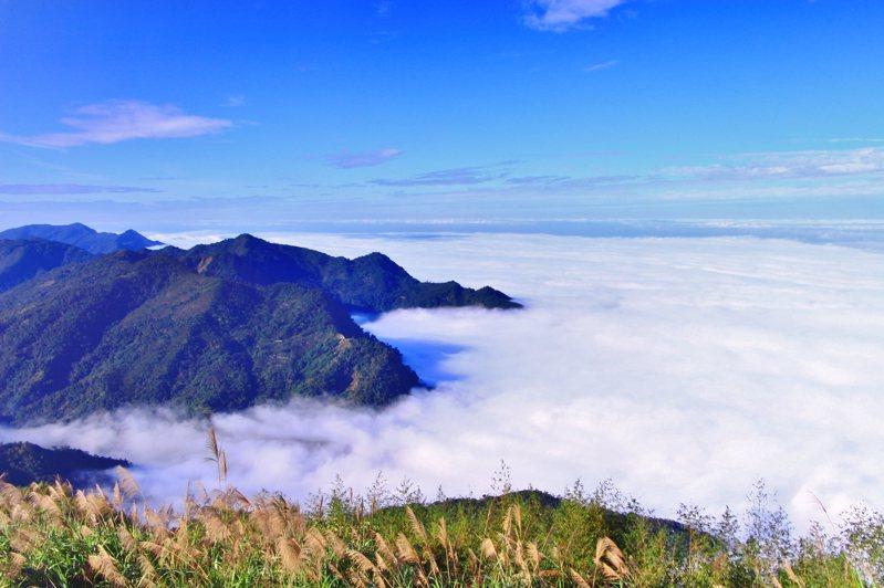 隙頂雲海。 圖/Flickr