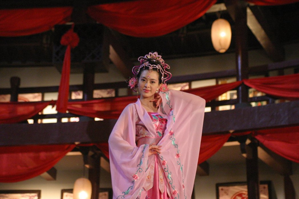 劉真曾演出古裝劇「他愛江山我愛美人」。圖/摘自臉書