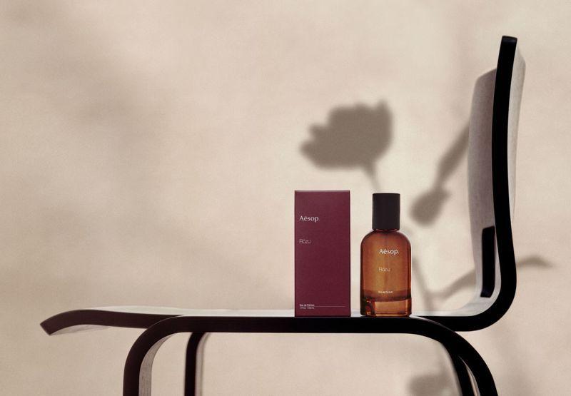 Aesop全新「Rōzu 馥香水」,是一款富詩意與藝術氣息的花香調香氛,圈粉全球無數文青。 圖/Aesop提供