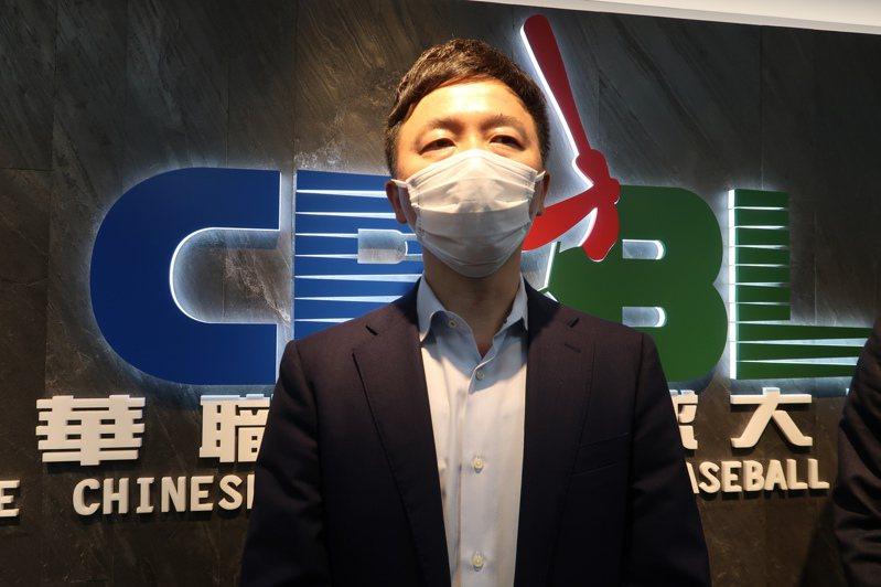 猿隊日籍總經理川田喜則強調,新球季會讓球迷安心進場看球。記者藍宗標/攝影