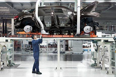 為防新冠病毒全球新車產線大停工,中國卻是逐步復工!