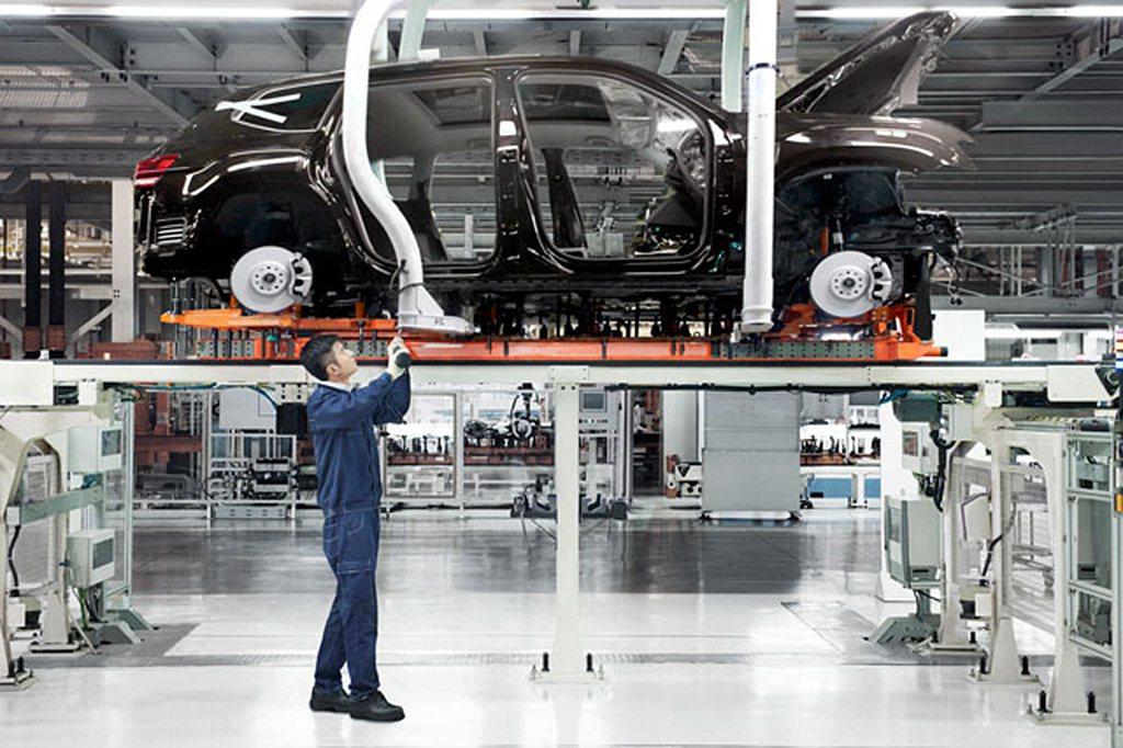 全球汽車產線大停工防止新冠肺炎擴散,也影響到汽車零件的供應。 圖/Volkswa...