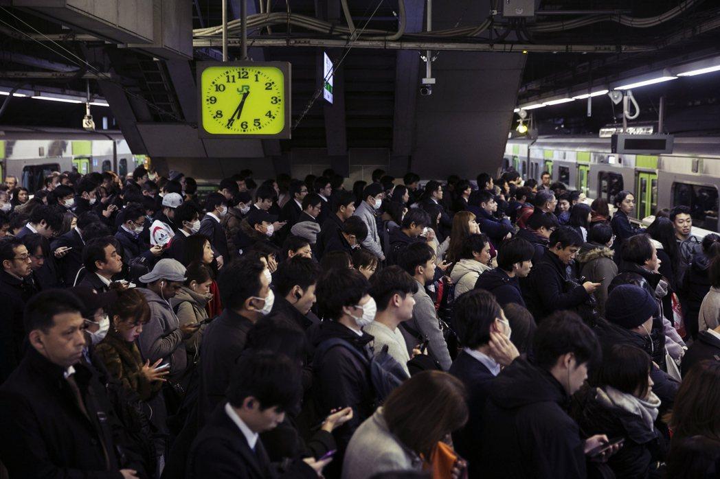 倘若東京封鎖,影響範圍並不僅止東京都而已,更包含每日密集交通往來的首都圈城市,包...