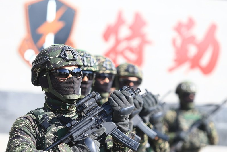 陳柏惟表示,讓香港人來台灣當兵有三大好處,第一他們比我們年輕,第二他們更討厭中國,第三可增加台灣勞工人數。 本報資料照