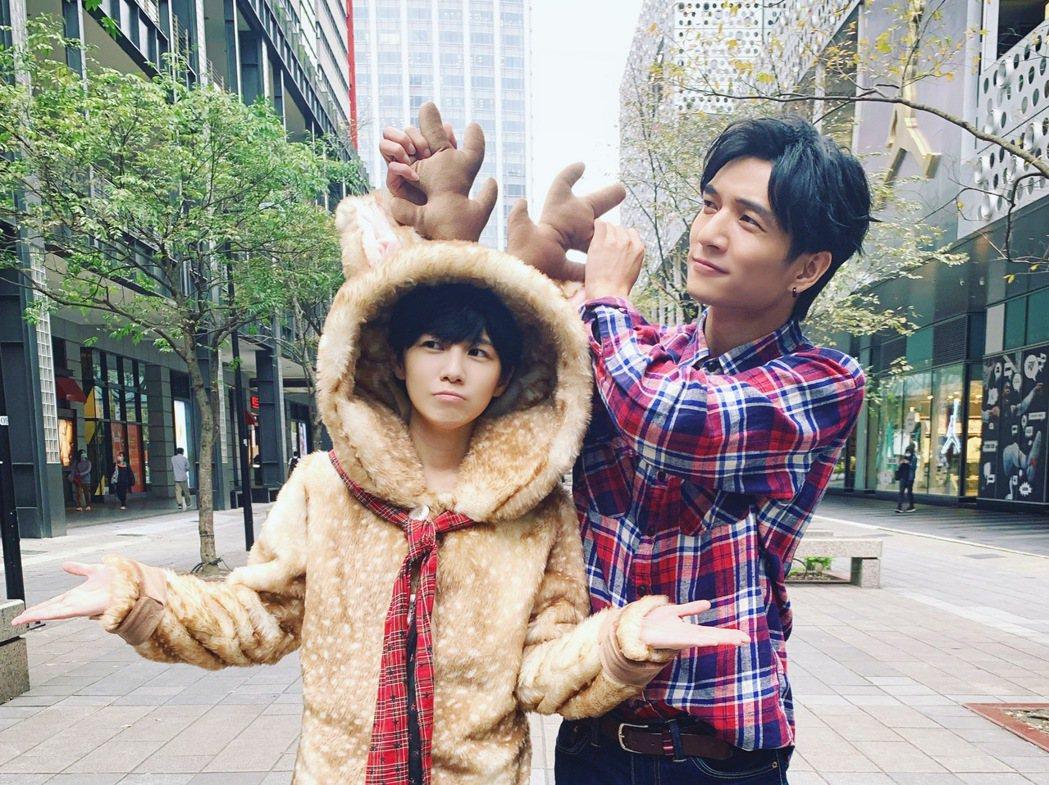 魏嘉瑩拍新歌「東東路」MV,好友黃奕儒義氣相挺。圖/小魏工作室提供
