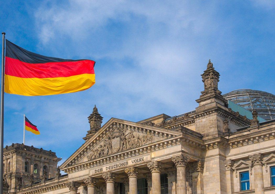 2019冠狀病毒疾病全球迅速蔓延,如今歐洲成了大流行的中心,德國確診數最近突破3...