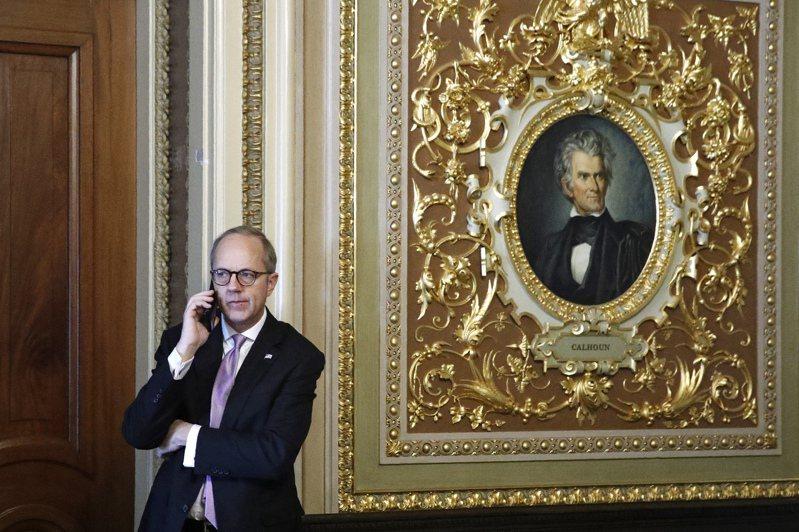 美國白宮官員尤蘭德表示,大規模經濟振興法案已經達成共識。 (美聯社)