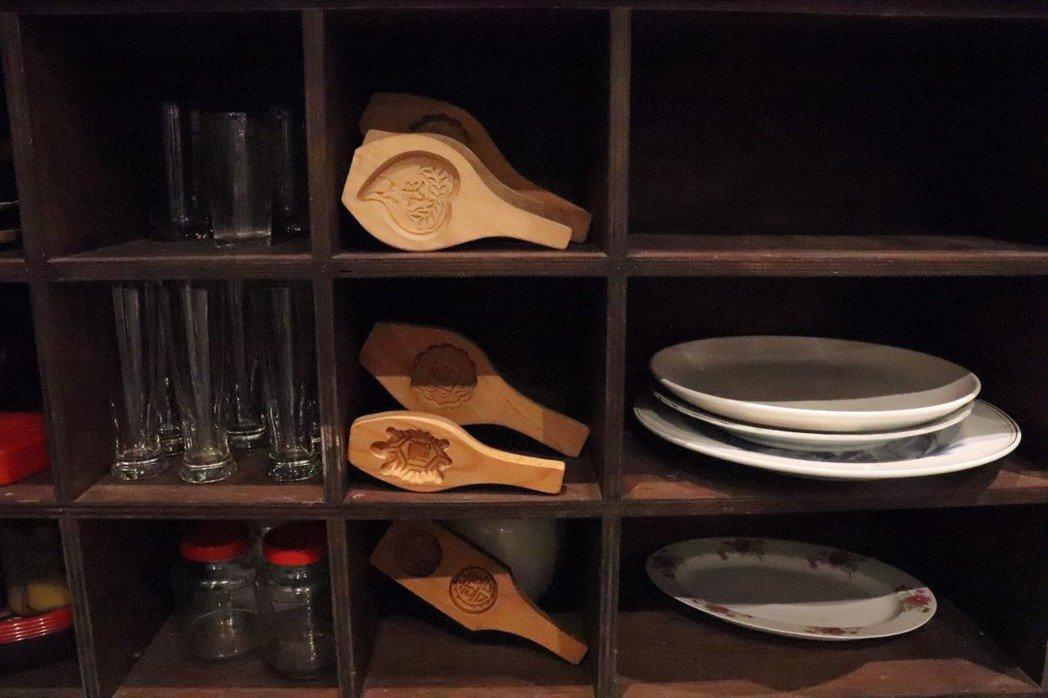 製作紅龜粿的模具。 圖/徐菁攝影