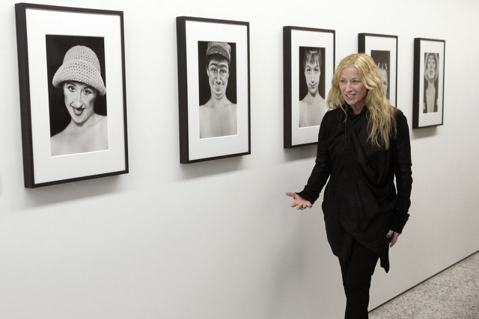 Cindy Sherman 參加她2012年的展覽「Das Fruehwerk ...