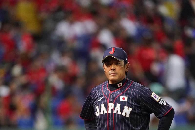 稻葉篤紀去年帶領日本隊拿下12強賽冠軍,球隊陣容堅強、氣勢正旺,但在奧運延期後,球隊若重新調整可能會產生很多變數。 歐新社資料照片