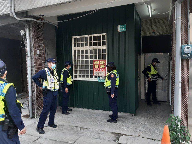 防疫執法不鬆懈,台南白河警方落實「清山專案」勤務。圖/警方提供