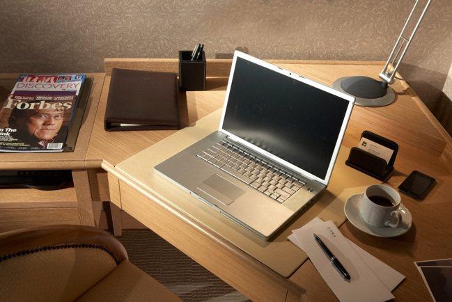 雲朗觀光集團日租辦公方案,可免費使用WIFI、有線網路、商務中心電腦及黑白印表機...