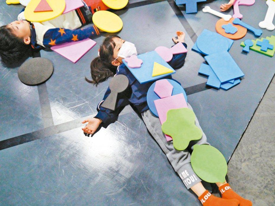台北華山「龐畢度兒童藝術工作坊」倒數一周,完善的防疫措施讓家長在防疫期間仍安心帶孩子來體驗。 圖/聯合數位文創提供