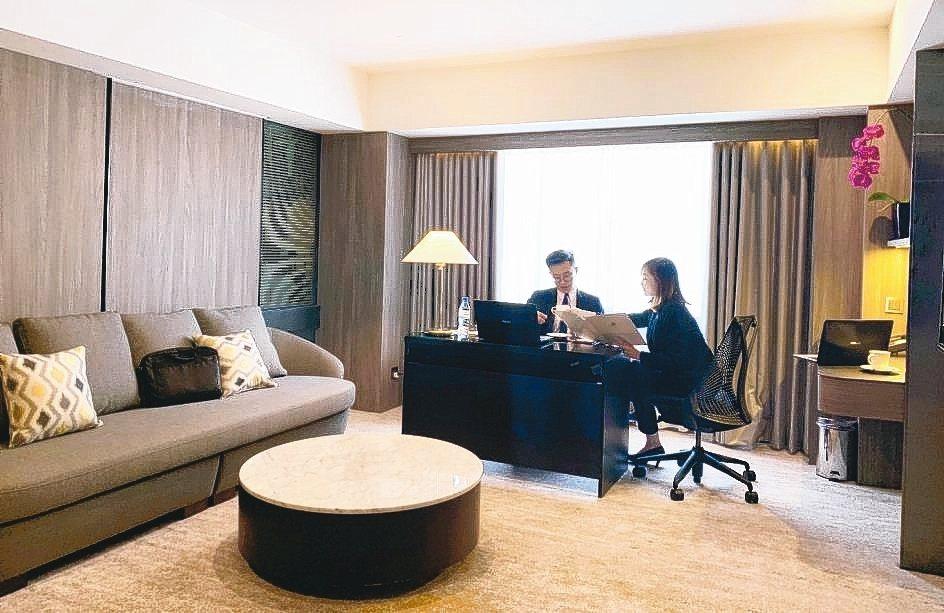 福華大飯店看準趨勢,推出遠端辦公室Hotel to Office專案。 李福忠/...