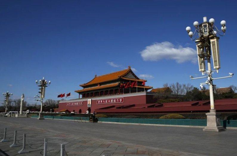 「紐約時報」專欄作家史蒂芬斯近日發表題為「北京大躍退」(Beijing's Great Leap Backward)的文章,批評中國最近驅逐3名「華爾街日報」記者之舉。 美聯社