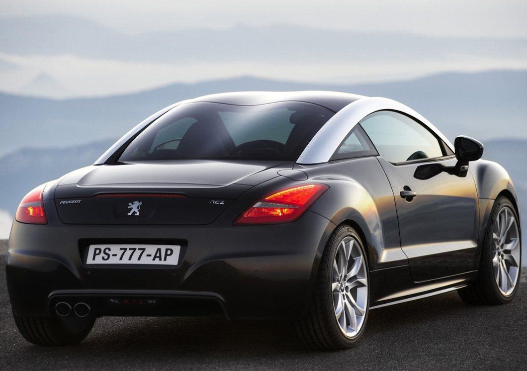 Peugeot RCZ Coupe。 摘自Peugeot