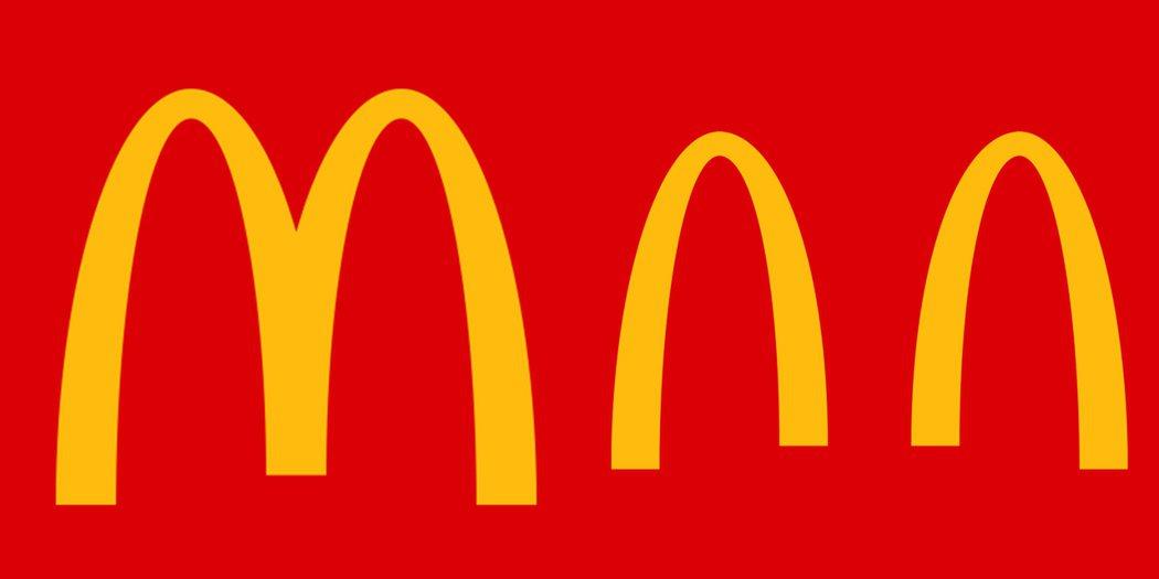 麥當勞(McDonald's)也利用自己的Logo做了防疫宣導的動作。 摘自Mc...