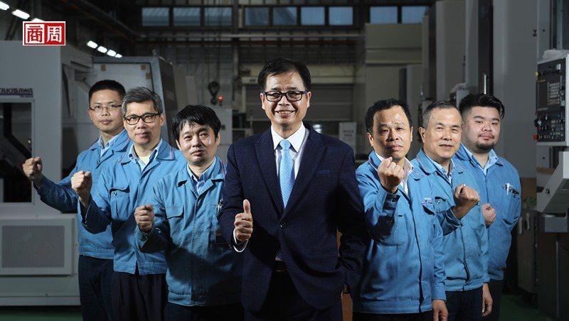 台灣瀧澤總經理戴雲錦派出10位員工參與口罩國家隊,都是公司各領域最強的工程師。(攝影者.楊文財)