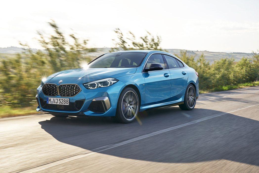 全新BMW M235i xDrive Gran Coupe現身國內總代理汎德官網...