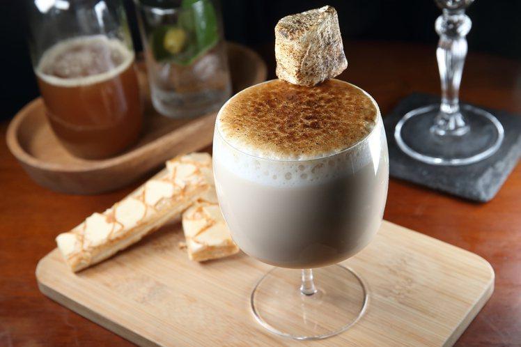 以調酒概念而設計的福奶茶。記者陳睿中/攝影
