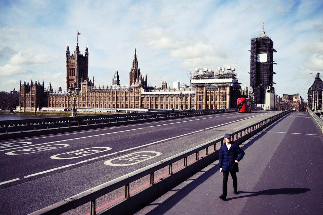 英國自23日進入為期3周的「全國封城」。隔離手段作為防疫措施,在歷史上並不陌生,...