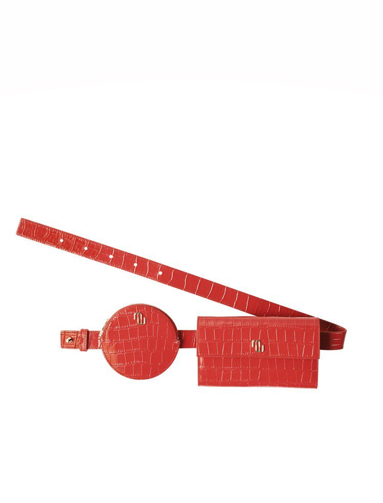 maje Shinez紅色鱷魚壓紋圓形腰包,售價6,960元。圖/maje提供
