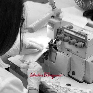 Salvatore Ferragamo正式宣布投入口罩、乾洗手等產品製作,希望能...