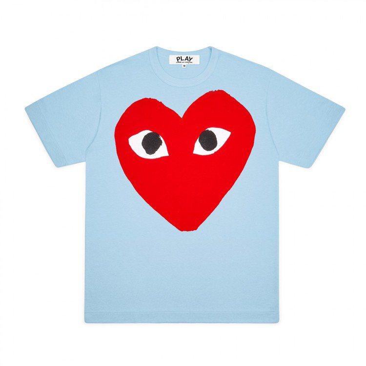 Comme des Garçons大眼愛心天空藍色T恤,價格店洽。圖/團團選品提...