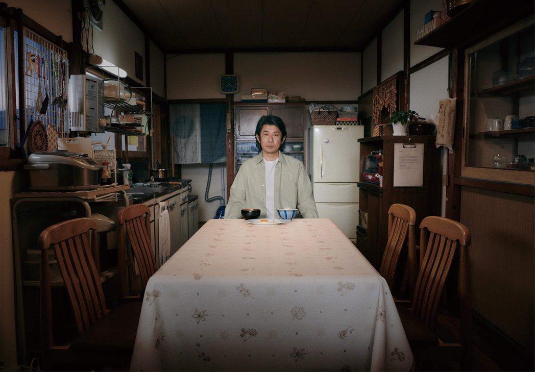 對永瀨正敏來說,最懷念的料理就是媽媽親手做的菜。圖/威視提供