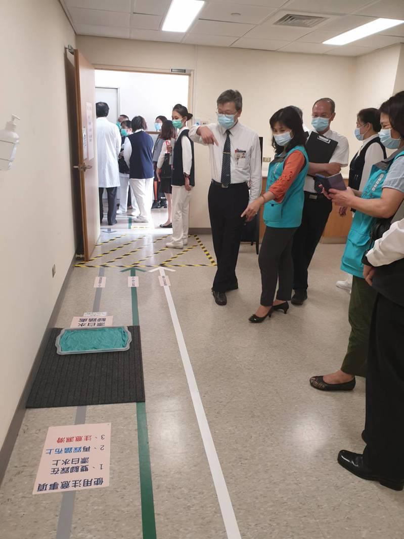 嘉義縣政府日前公告將防疫醫療部署升級,守護台灣西部唯一零確診淨土。圖/嘉義縣政府提供
