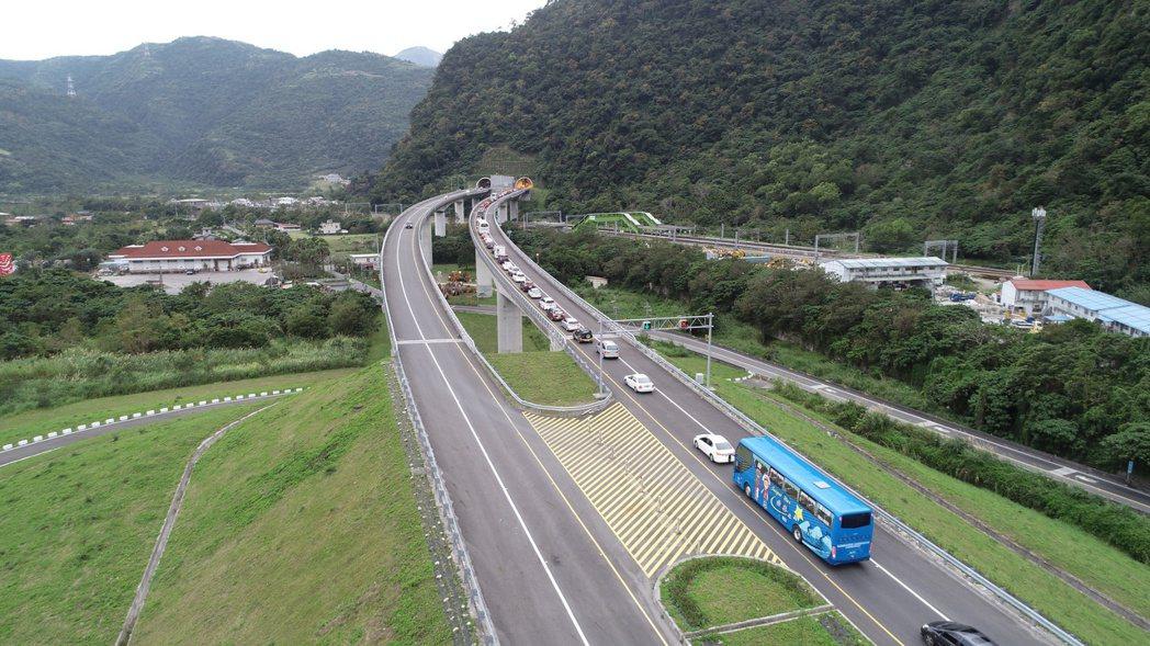 交通部長林佳龍昨宣布,清明連假4月2日到5日,蘇花改將試辦提速。 圖/聯合報系資...