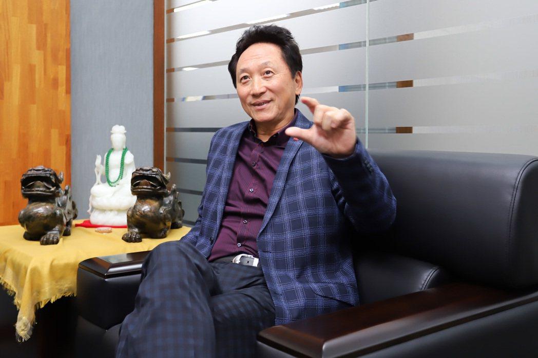 數位通國際董事長吳振生指出,該公司透過策略聯盟,已成功跨足海外。 彭子豪/攝影
