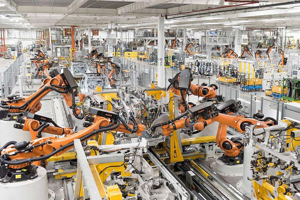 BMW US Manufacturing Plant美國新車製造公司,因為疫情大...