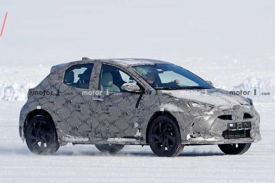 神祕小鴨現身雪地? 原來是Toyota全新都會跨界休旅!