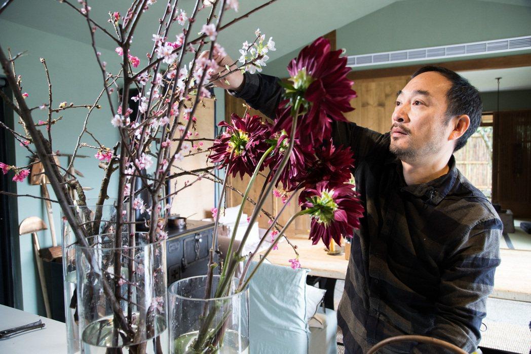 1998年凌宗湧25歲,與朋友創立CN Flower。圖/記者陳立凱 攝影