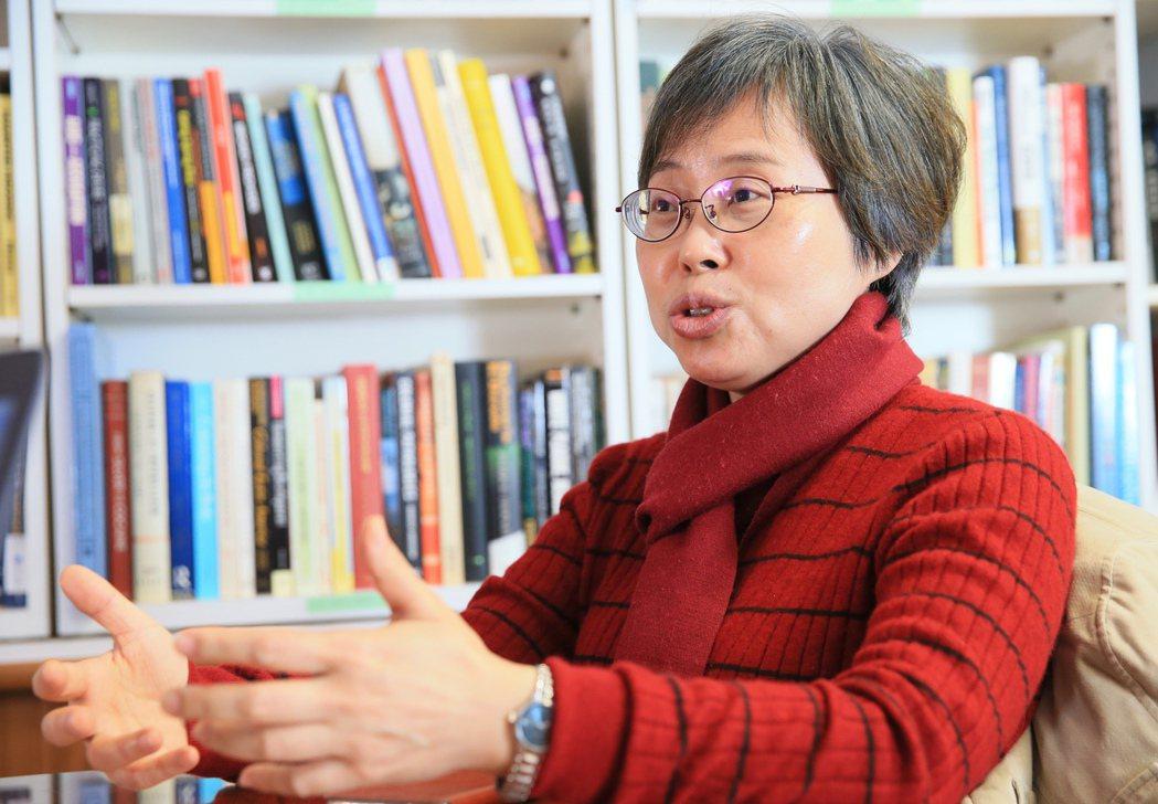 數十年在中國做研究,劉紹華寫出兩本生命之書:《我的涼山兄弟》及《麻風醫生與巨變中...