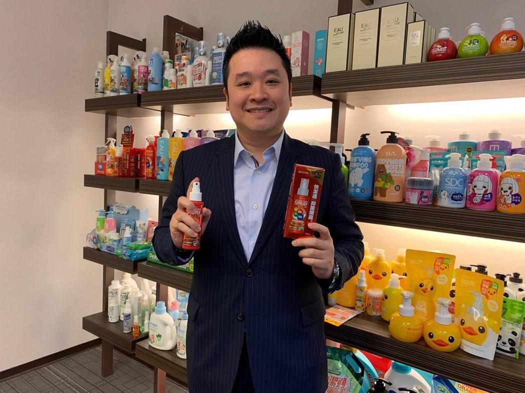 台灣防疫之光銀泰佶聯合生技公司執行長林室融表示,我們將SDC融入民生消費品當中,...