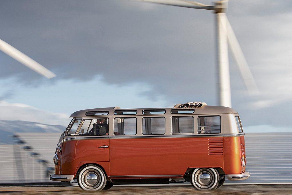 福斯商旅e-BULLI電動T1概念車具備83hp馬力與21.6kgm扭力表現,作...