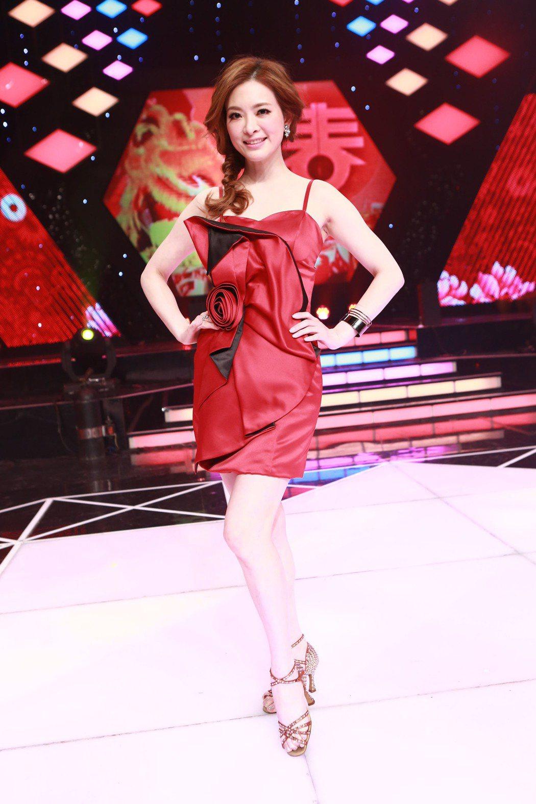 劉真曾長期在「舞力全開」裡表演,如今節目將內容剪成回顧特輯。圖/民視提供
