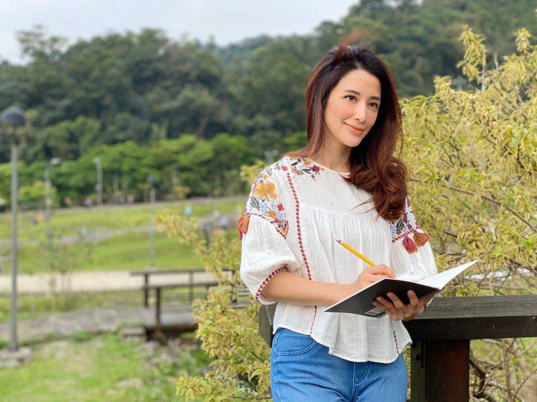 李蒨蓉愈來愈自信美麗。圖/時報出版提供
