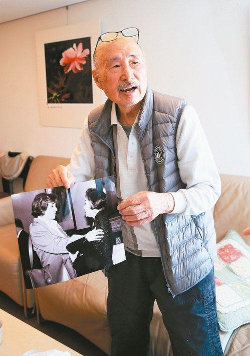 91歲老讀者許捷芳3年前還開過攝影個展。 記者潘俊宏/攝影