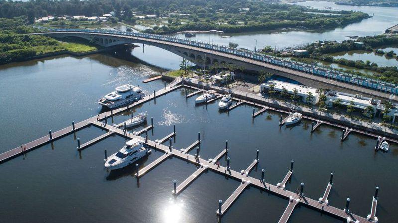 圖為由亞果遊艇集團所開發全國最大的安平港遊艇碼頭。 圖/亞果遊艇集團提供