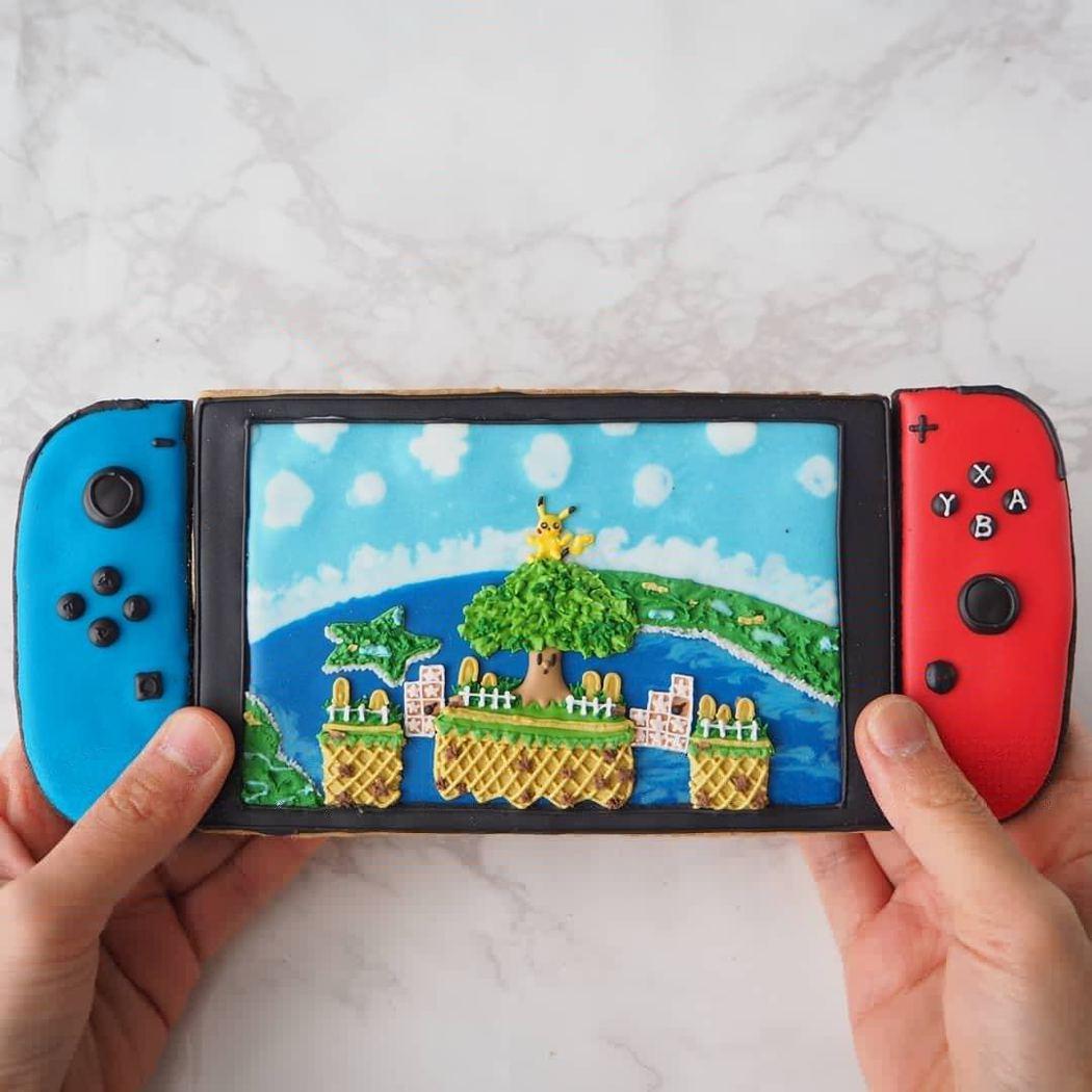 日本有女網友得知老公想買「Switch」遊戲機後,製作仿真「Switch」糖霜餅