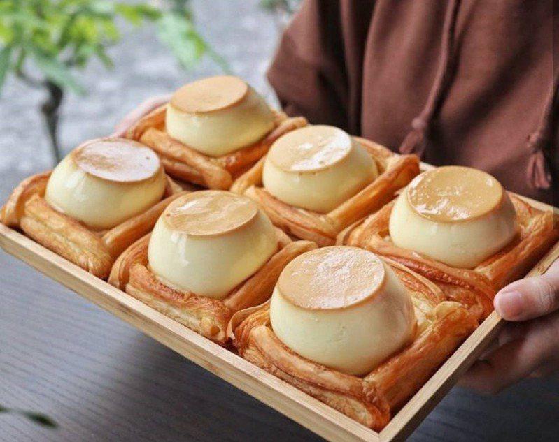 部落客帶路吃超療癒「丹麥烤布丁」。圖/FB/Blog: 台南•逸恩•小鮮肉的美食日記、IG@tainan_ian 提供