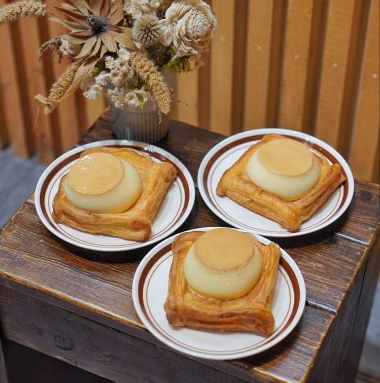 部落客帶路吃超療癒「丹麥烤布丁」。圖/FB/Blog: 台南•逸恩•小鮮肉的美...