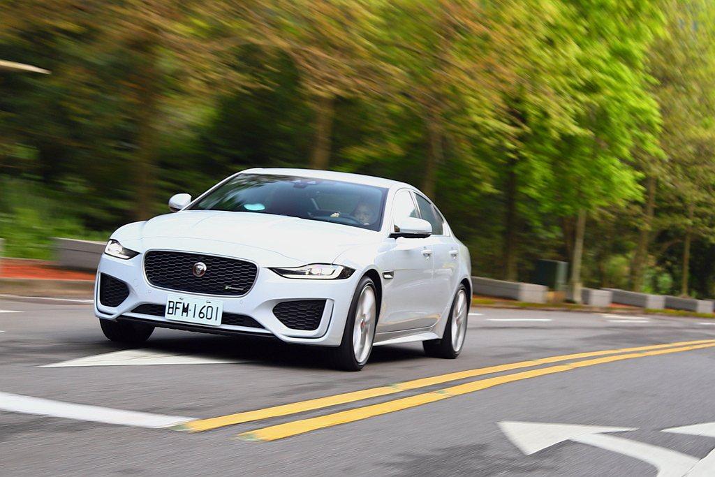 小改款Jaguar XE公布正式售價後,也順勢調整銷售編成。 記者張振群/攝影